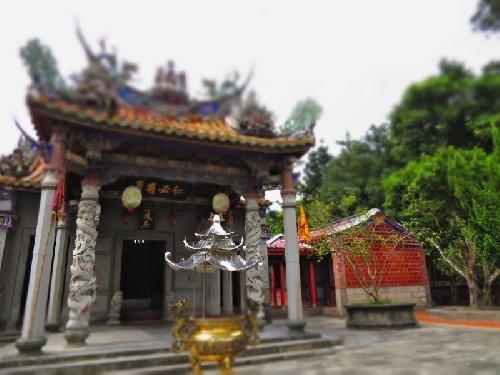 呉鳳廟(ごほうびょう)