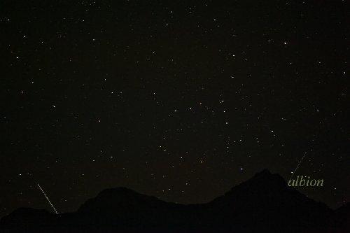 八ヶ岳と星