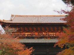 夕日に染まる南禅寺 三門