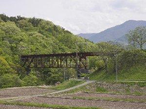 旧中央線の鉄橋