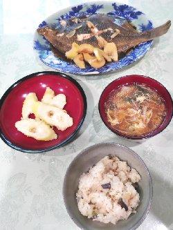 「カレイとタケノコの煮付け」、「タケノコの天ぷら」