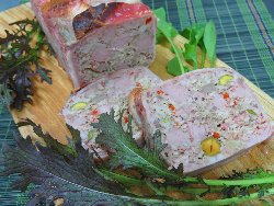 豚肉と鶏レバーのパテ
