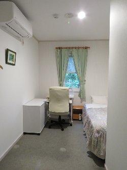 リモートワーク仕様の客室